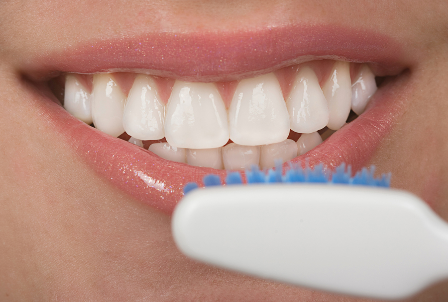 Ask Anne Is It Safe To Whiten My Teeth While I M Breastfeeding